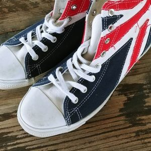 New Delia's Womens hightop sneakers size W8